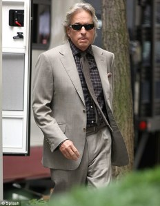 wall_street_money_never_sleeps_michael_douglas_gordon_gecko_01